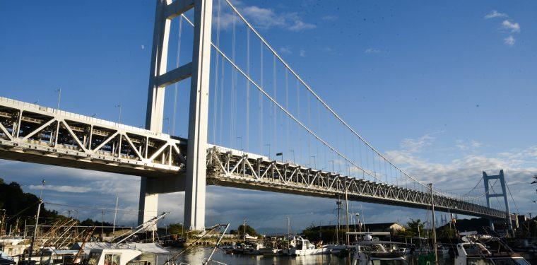 台風一過の瀬戸大橋