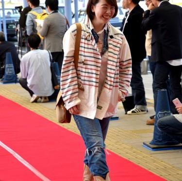 JR児島駅ジーンズ装飾第2弾とデニムガールズコレクション 3-3