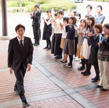 田中刑事選手が倉敷市長を訪問 1-2